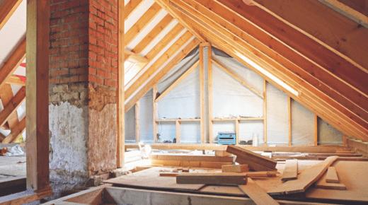 Ein Dachboden mitten im Umbau