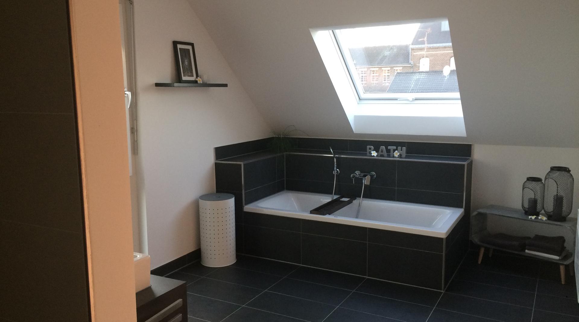 Dachstory fox.living: das fertige Badezimmer