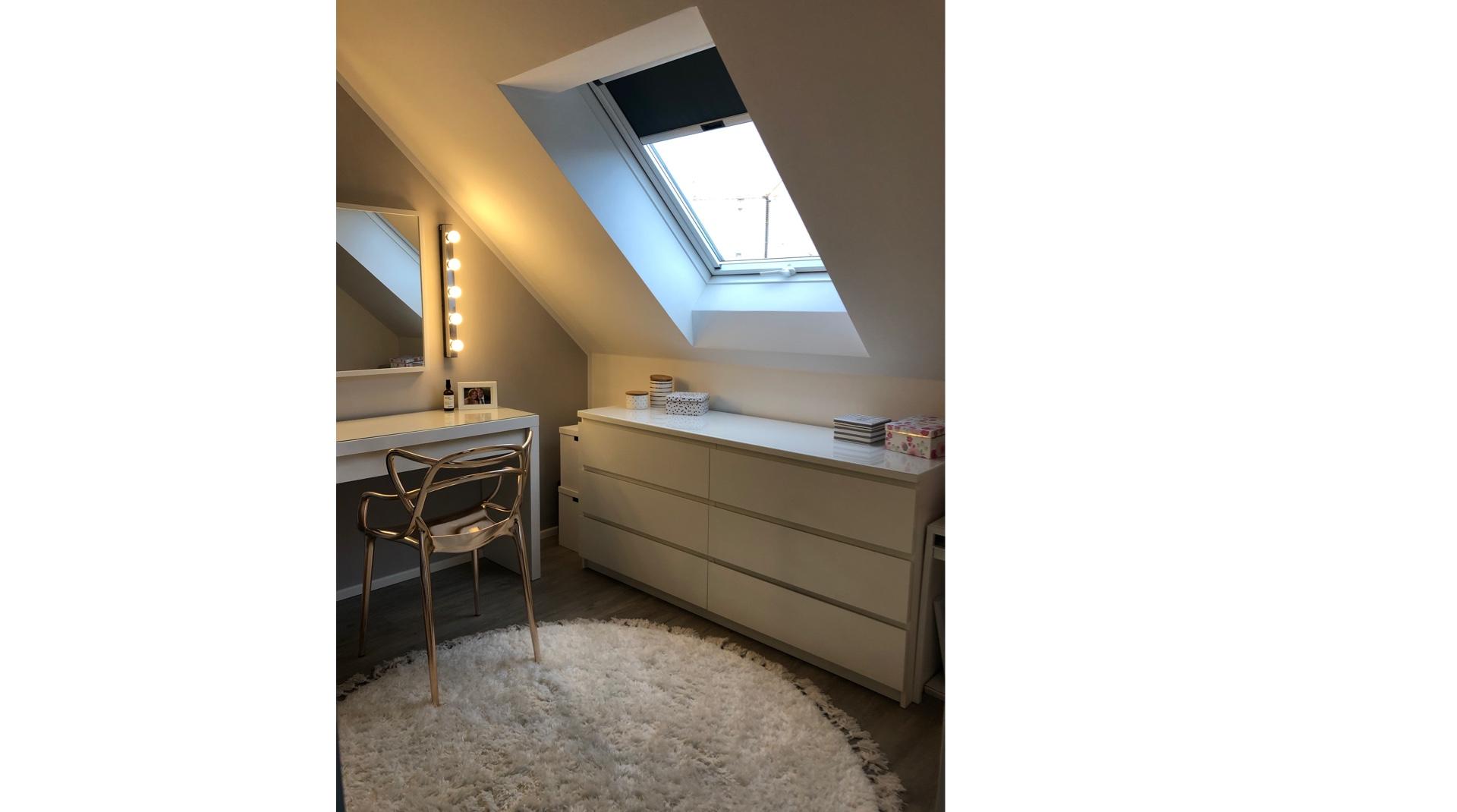Dachstory fox.living: Zimmer mit Dachschräge