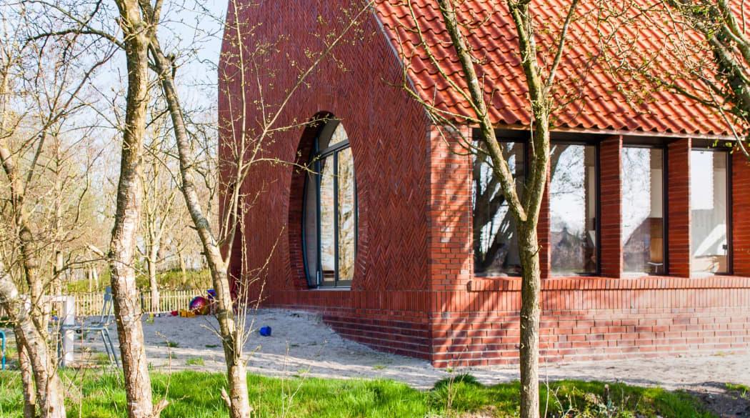 Thomas Kröger Architekt: das Haus am Deich mit seiner Umgebung