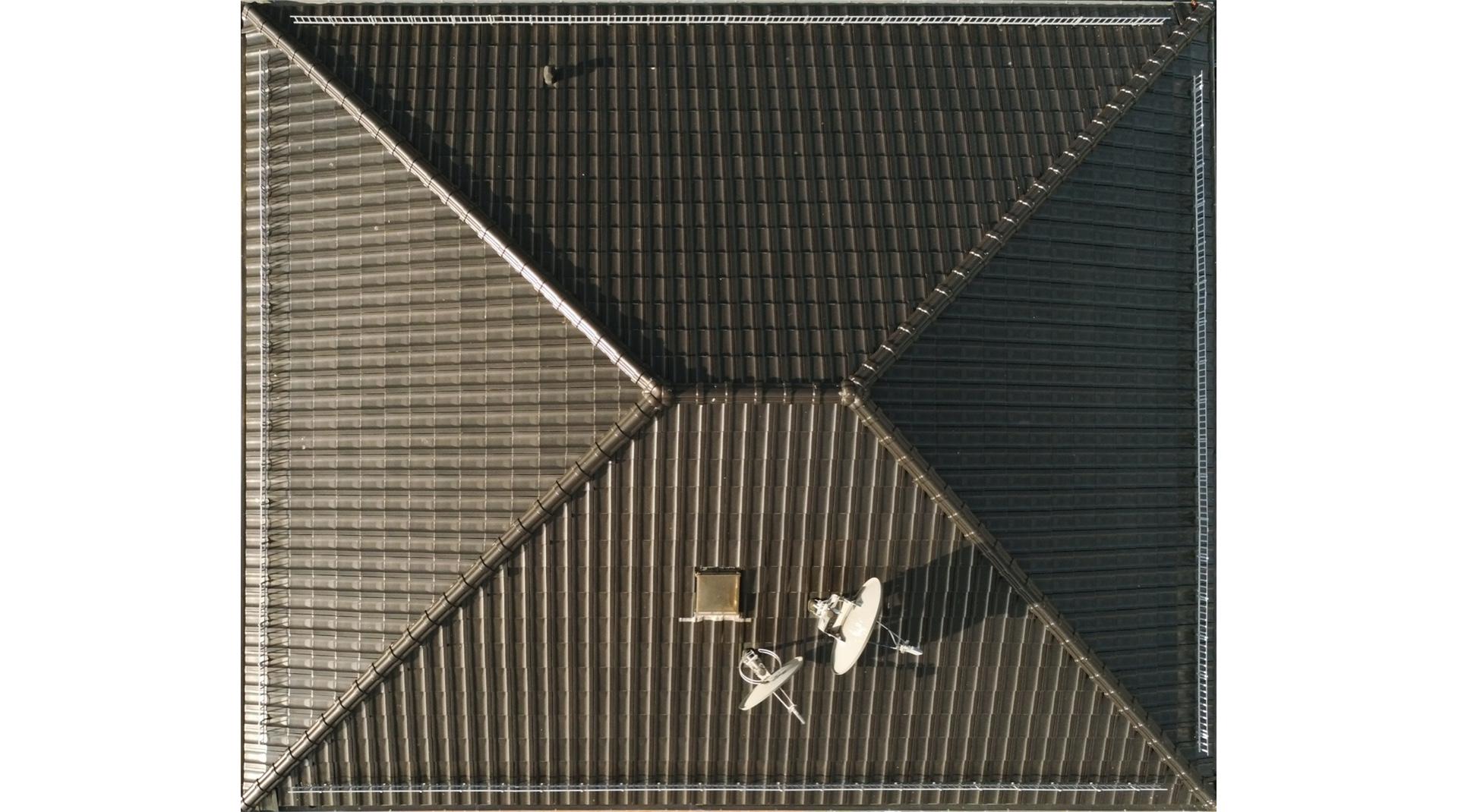 Walmdach aus der Vogelperspektive