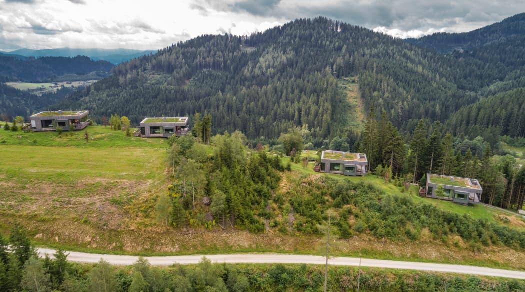 Mountain Chalets in Turnau, Österreich: vier Vogelhäuser deluxe von oben aus gesehen