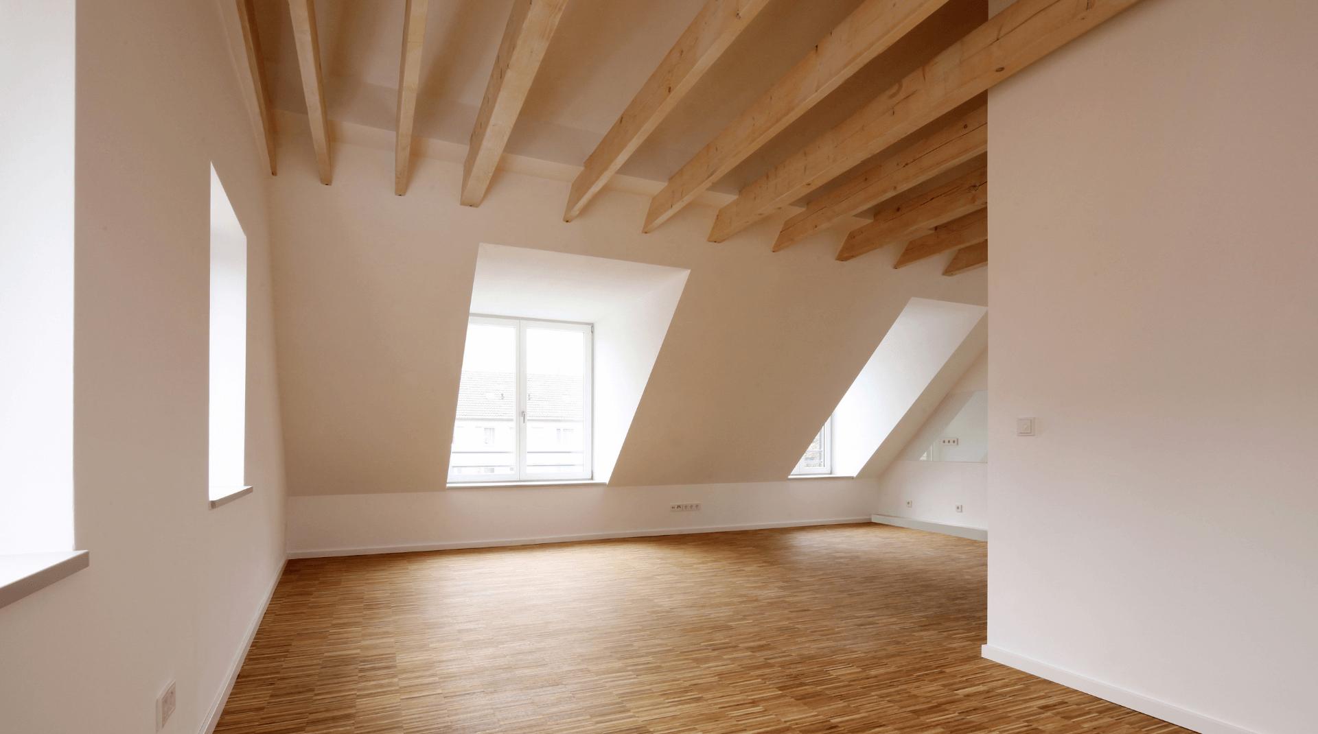 Moderne Dachgeschosswohnung mit Flachdachgaube